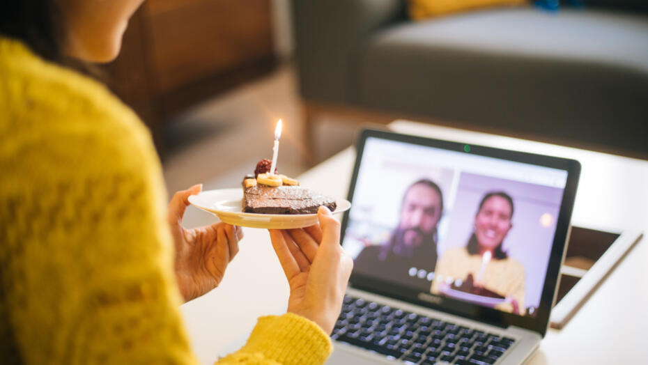 20 Tips to Host the Best Zoom Birthday